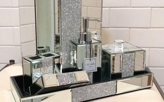 Луксозни комплекти за баня