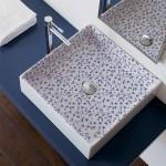 Крадратна Мивка за баня с украса сини цветя