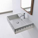 Мивка за баня с украса Черна дантела