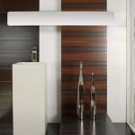 Оригинални плочки за баня в бяло и кафяво Mistery на Aparici (Испания)