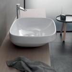 Порцеланова мивка върху плот в бял цвят Abito от Hatriа (Италия)