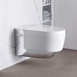 Модерна конзолна тоалетна чиния с хром елемент – Geberit AquaClean Mera Comfort WC