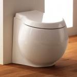 Бяла Стояща тоалетна чиния Planet  с долно оттичане